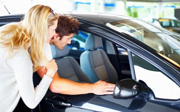 Maneras para comparar un automóvil nuevo