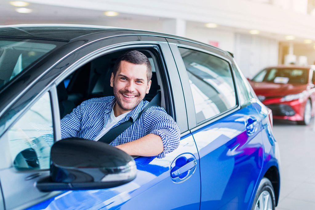 Requisitos de compra para tu primer auto